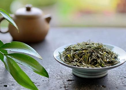 常喝绿茶功效,可有效缓解风湿性关节炎!