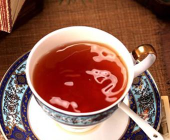 常喝红茶好,还是绿茶好呢?
