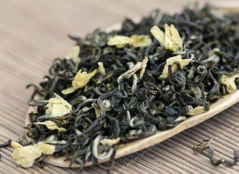 茉莉花茶是不是绿茶?