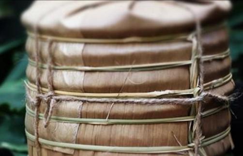 """普洱茶被称为""""可以喝的古董"""",在日常生活中已经被人们所熟悉,成为比较多见的一种茶饮,但是对于普洱"""
