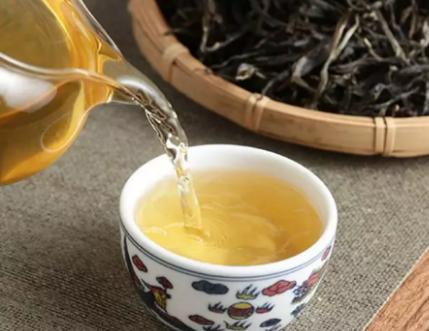 """现在至少茶客喝普洱茶的那时候,都喜爱往里加某些""""调料"""",饮茶是这种快乐,喝多滋百味的茶是另这"""