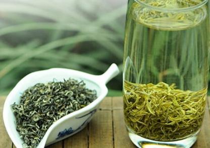 茶叶的保存需小心谨慎,这点相信茶友们多少都有一些了解。今天小编就绿茶而言,来为大家讲解一下绿