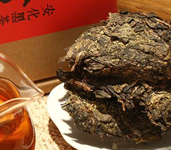 对于黑茶的相关知识,相信大家应该都有一些了解,长期饮用可减肥助消化,与此同时还能够起到抗氧化