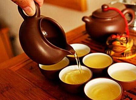喝茶养生:这3种茶千万不要喝!