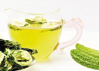 苦瓜泡茶喝有哪些好处?