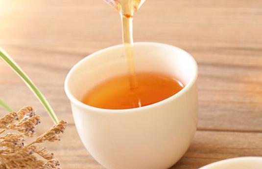 红茶为什么不能加牛奶?