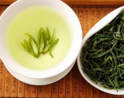 绿茶具有瘦身抗衰老的作用!