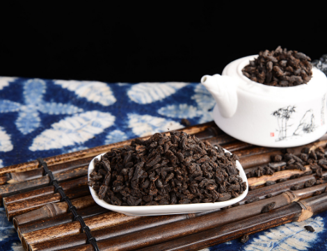 喝普洱茶的好处与弊端,正确冲泡普洱茶的方法!