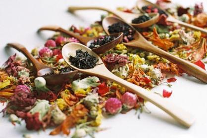 众所周知,花茶的口感相比较普通一点的茶来说,口感更佳。因此,平日里喜欢喝花茶的人是非常多的。花茶