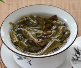"""大伙儿在冲调乌龙茶、普洱熟茶的时候,是否会常常发觉荼叶里有一些""""茶梗"""",而且还会把他们仔细地"""