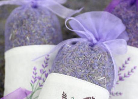 薰衣草花茶的做法是什么样的?